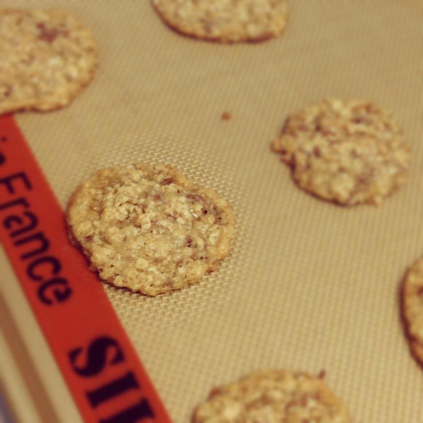 Oatmeal Heath Bar Cookies | The Dough Will Rise Again