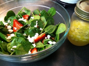 strawberry spinach salad with poppyseed onion dressing